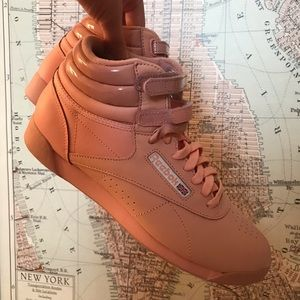 Baby Pink UOxReebok Exclusive Hightops - NWT